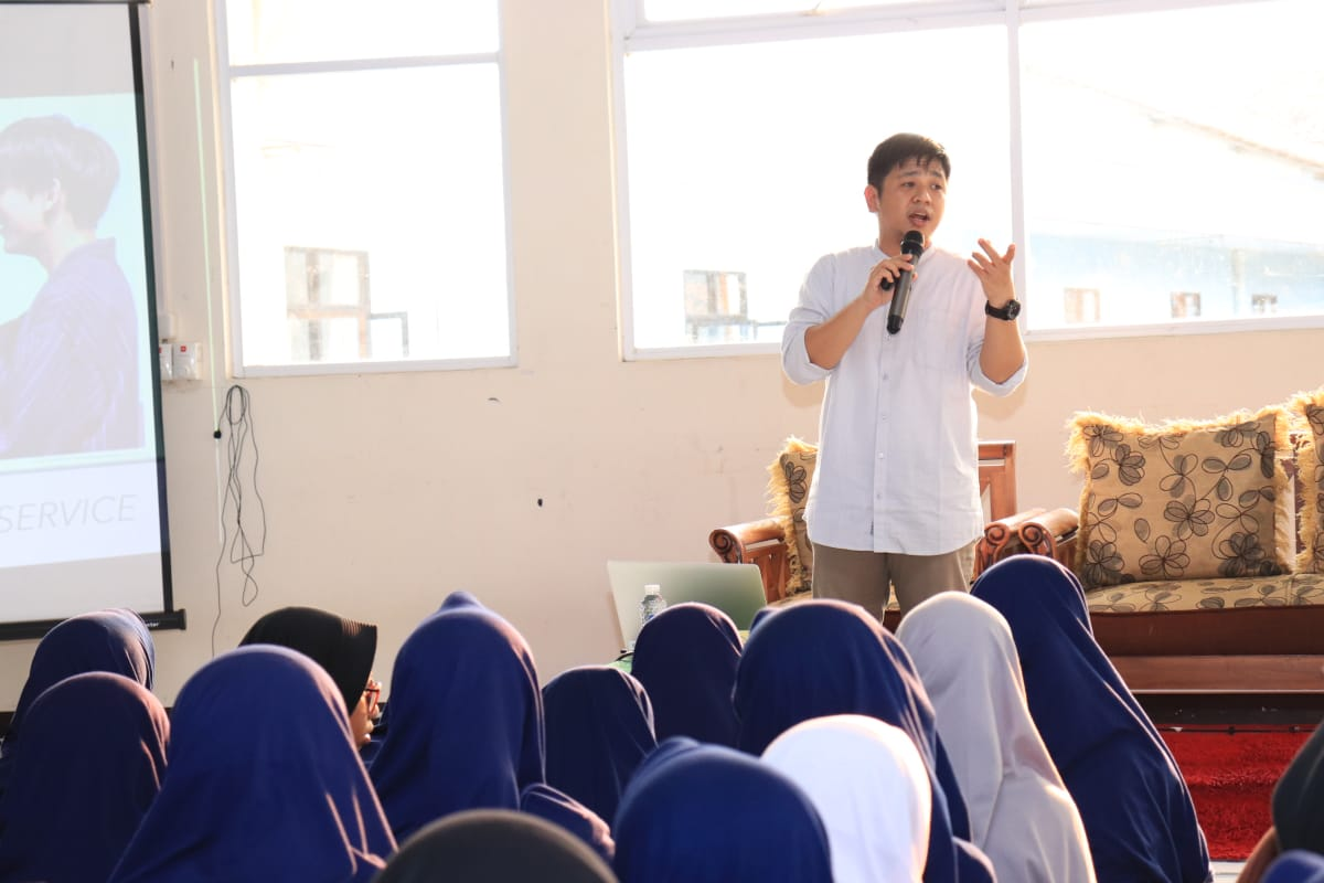 KaBuSan SMP DTBS Putri bertajuk