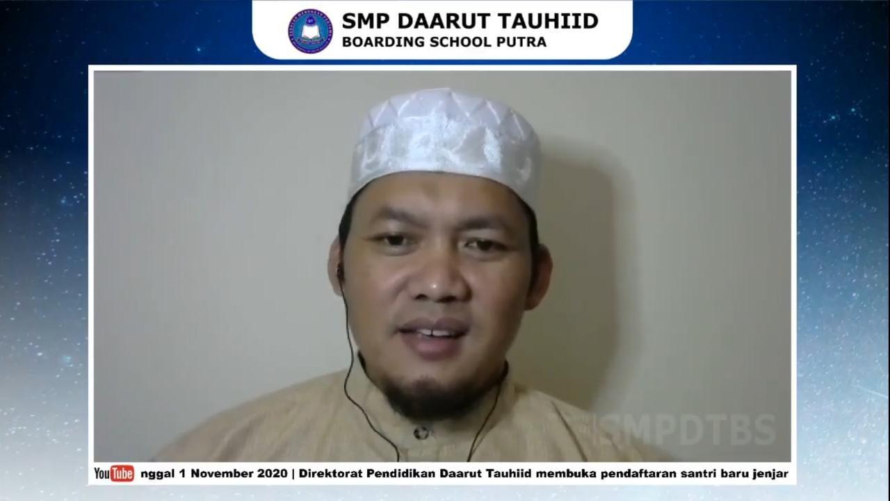 SMP DTBS Putra Laksanakan Pembinaan Akhlak Mulia
